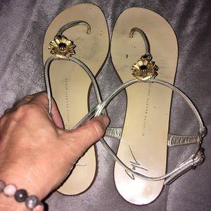 Giuseppe-Zanotti flip flops